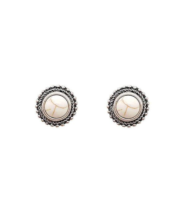 KE-0127NAT Natural Studs