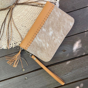 22854 Hide & Stitch Zip around Wallet- Natural