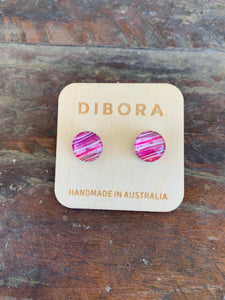 17 Dibora Cabochon Glass Stud Earrings Pink