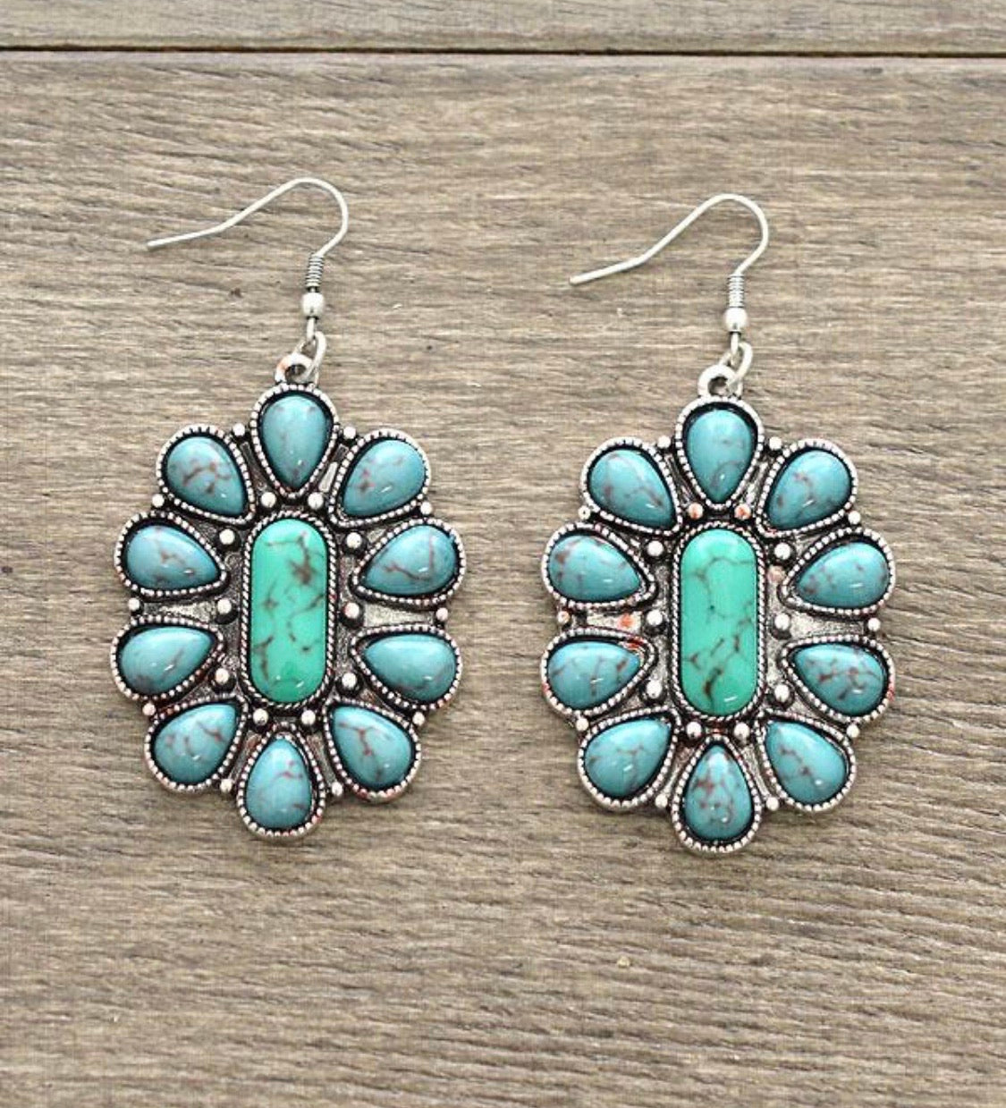 141707 Turquoise Stone Floral Earrings