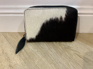 17167 Hide Mini Zip around Wallet Black and White