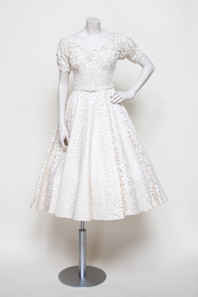 Vintage 1950s wedding dress from Onebigfishgreenevents