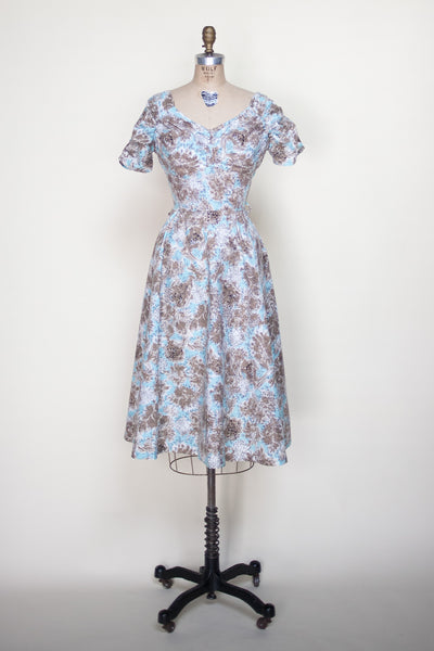 Vintage 1950s toile day dress