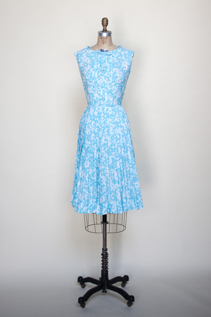 Vintage 1960s blue floral day dress