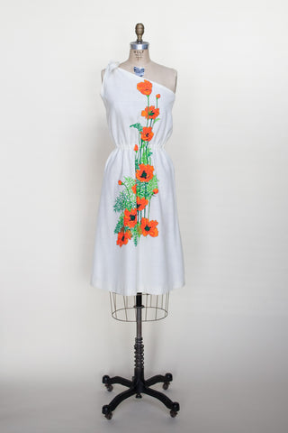 1970s Alfred Shaheen dress