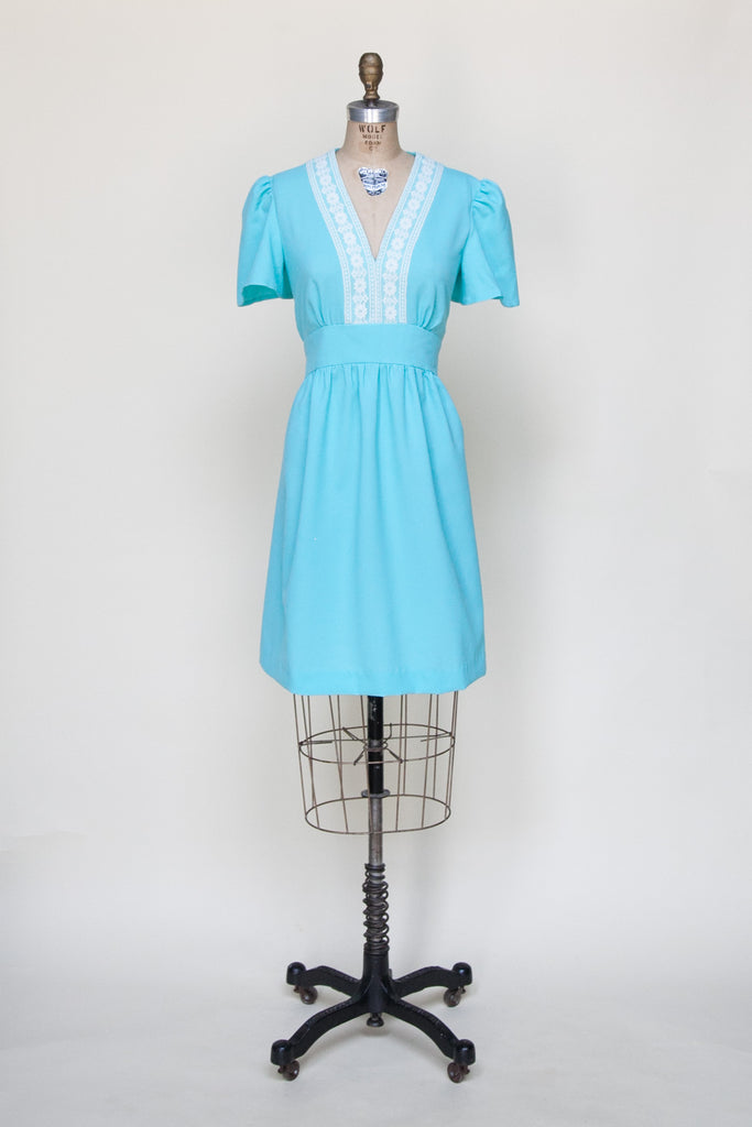 Vintage 1970s mini dress from Onebigfishgreenevents