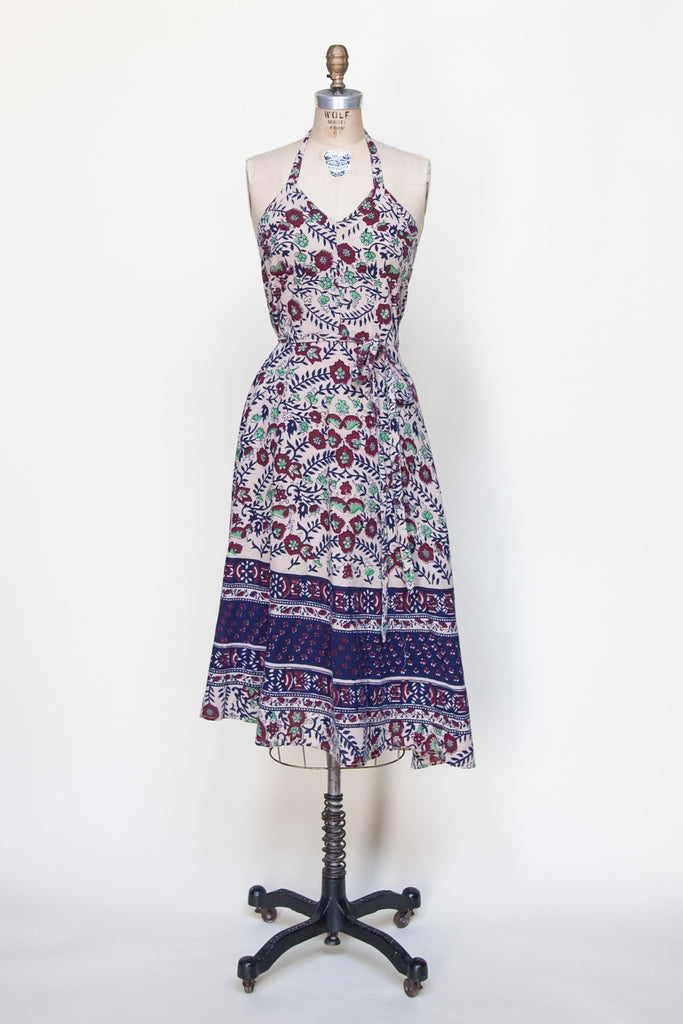 Vintage 1970s halter dress from Velvetyogurt
