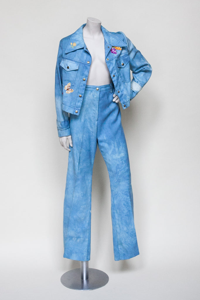 1970s leisure suit from Dalena Vintage