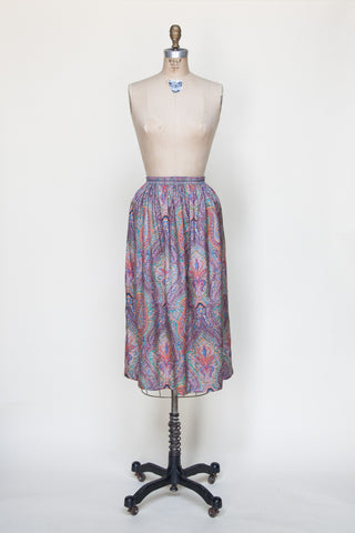Vintage 1970s paisley skirt from Dalena Vintage