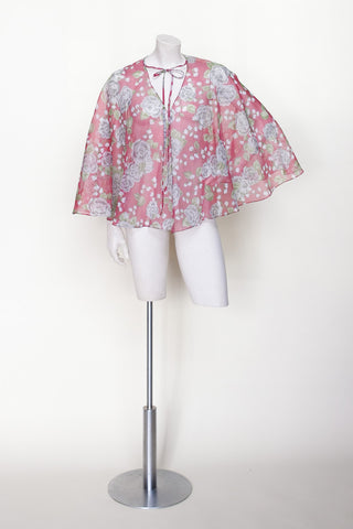 1970s floral cape from Velvetyogurt