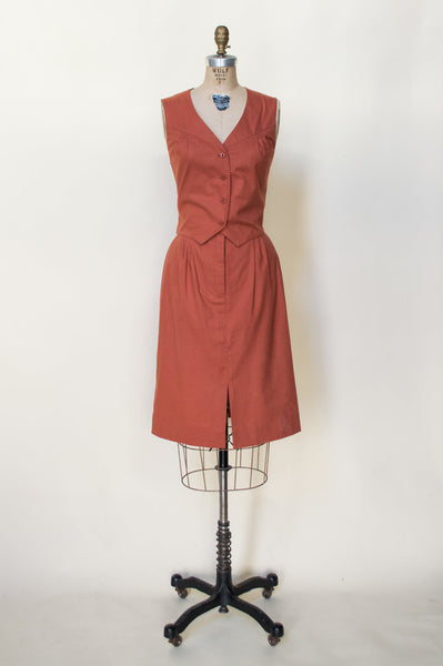 1970s-burnt-orange-vest-skirt-set%2B%25281%2Bof%2B4%2529.jpg