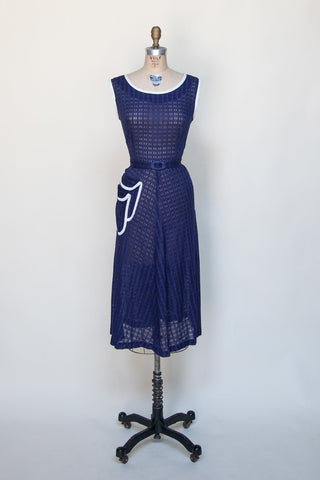 1940s-navy-double-pocket-dress%2B%25281%2Bof%2B5%2529.jpg
