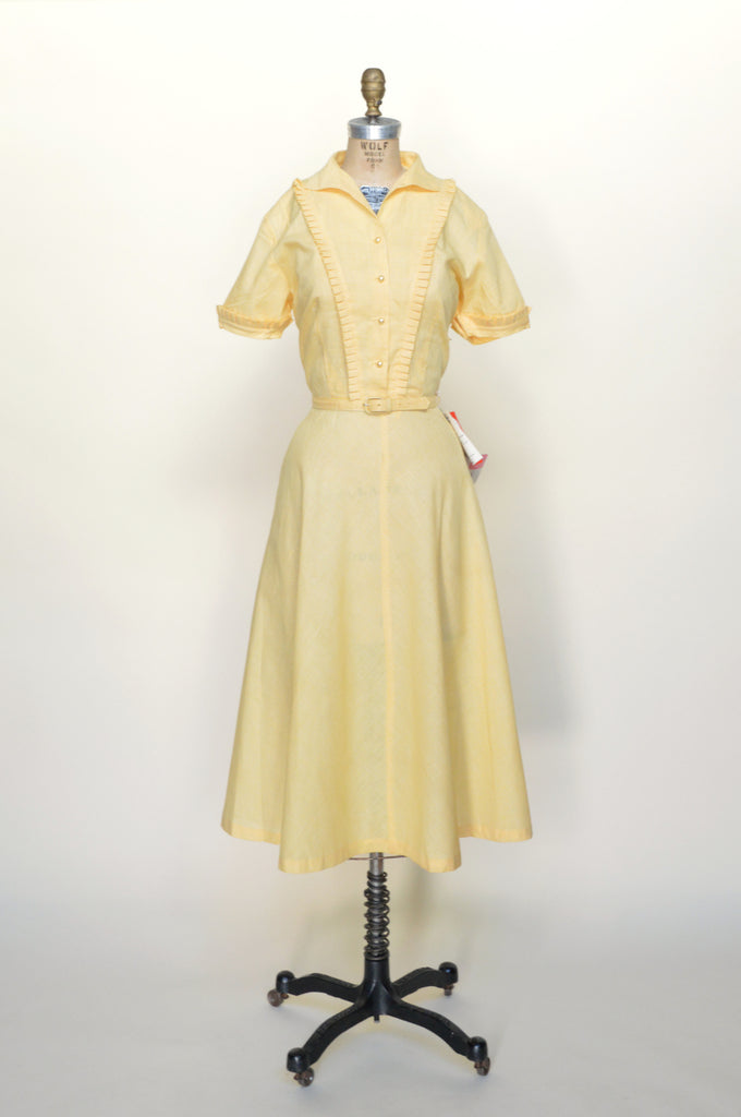 1950s-yellow-dress-01.jpg