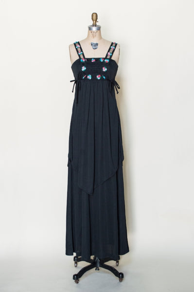 1970s-black-maxi-dress-embroidered-trim%2B%25281%2Bof%2B4%2529.jpg