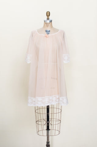 1960s-sheer-peach-nightie%2B%25281%2Bof%2B4%2529.jpg