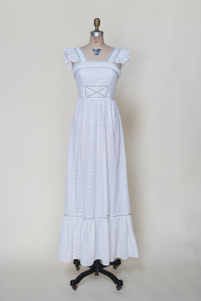 vintage-1970s-eyelete-wedding-dress%2B%25281%2Bof%2B5%2529.jpg