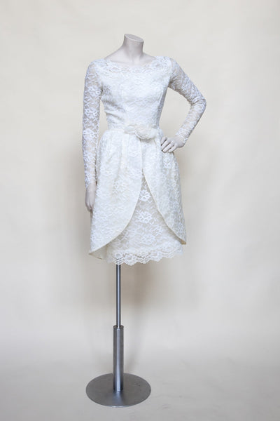 1960s wedding dress from Velvetyogurt