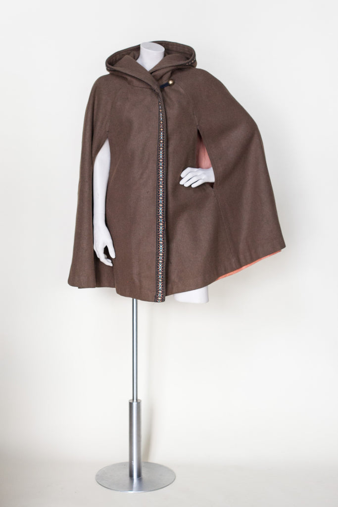1970s brown cape from Dalena Vintage