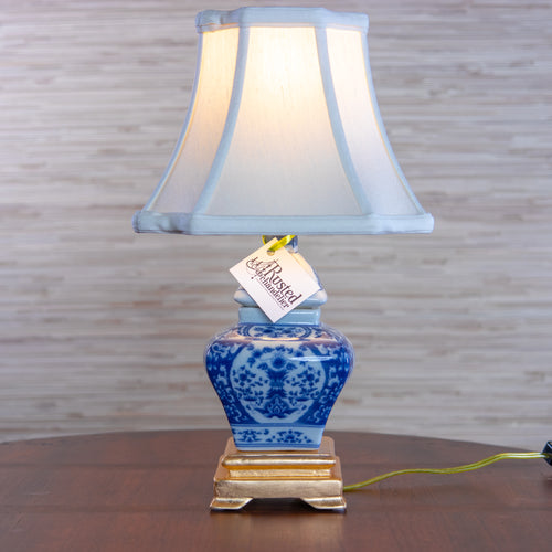 Chinoiserie Lamp