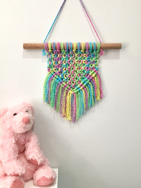 Macrame Wall Hanging Rainbow