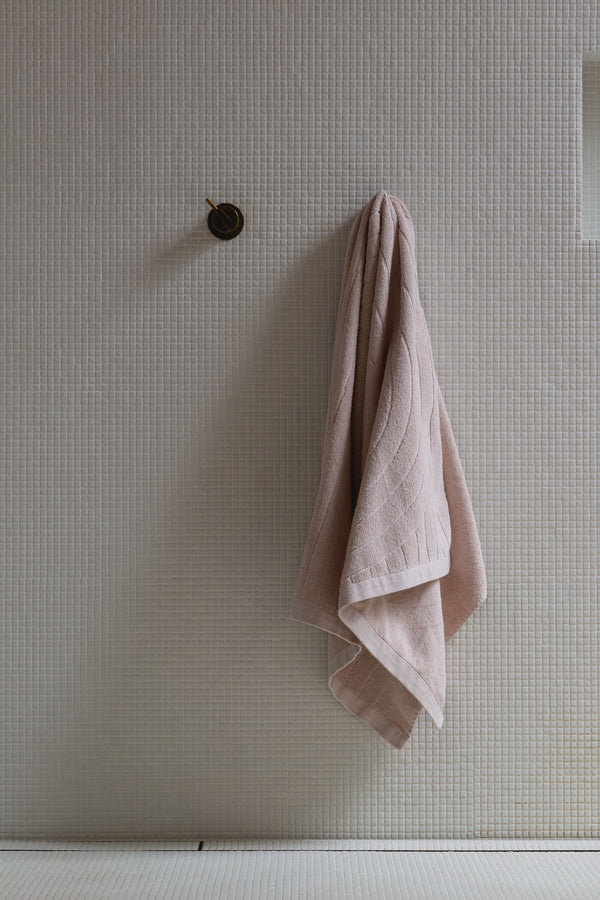 Cove Bath Towel - Clay