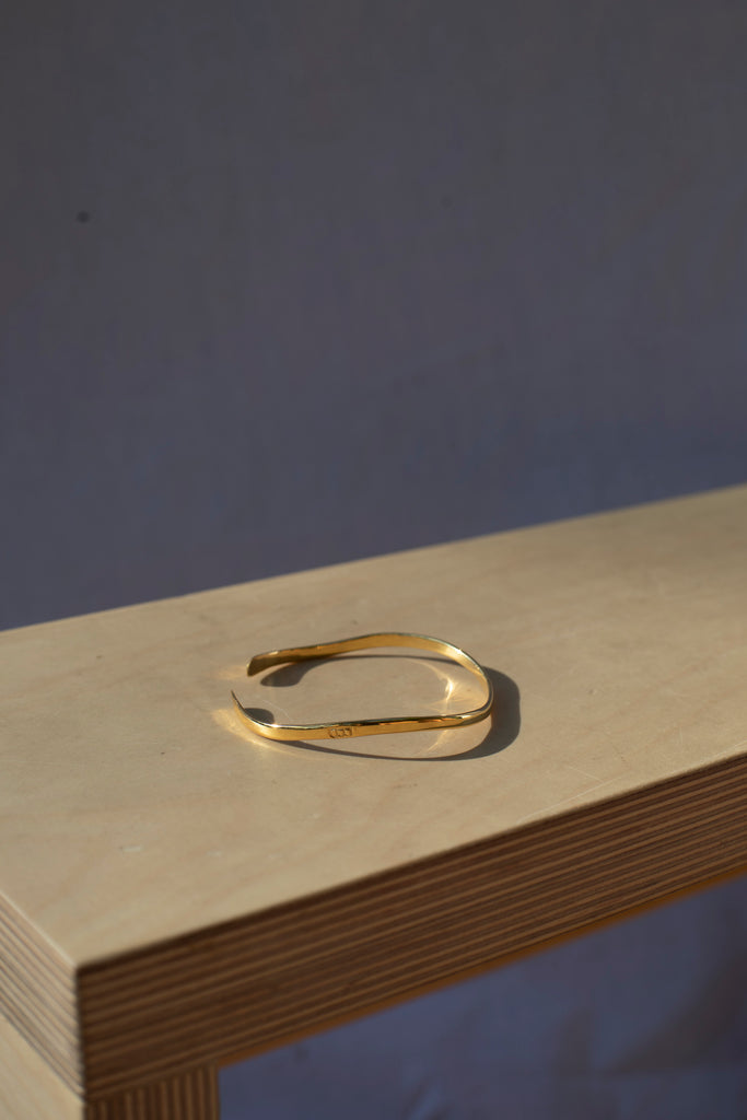 18kt Gold Plated Wave Bangle