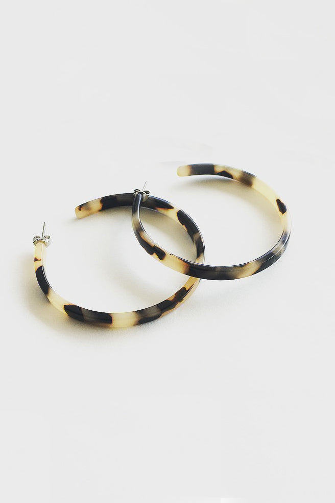Flat Edge Hoops - Blonde Tortoise