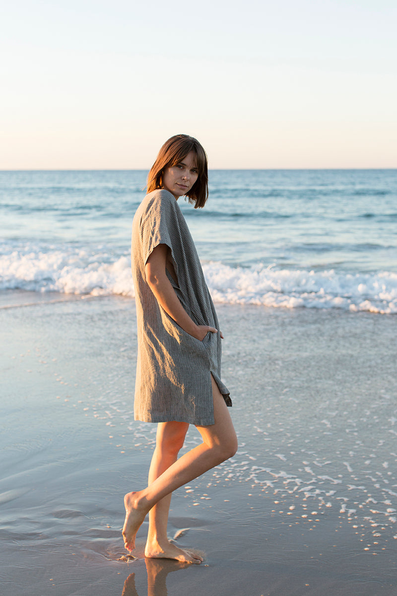 Short Linen Tunic (One Size) - Stripe