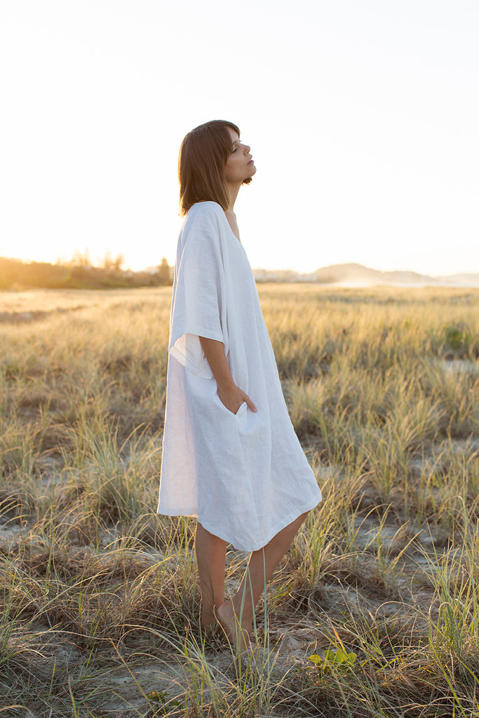 Linen Kaftan (One Size) - White