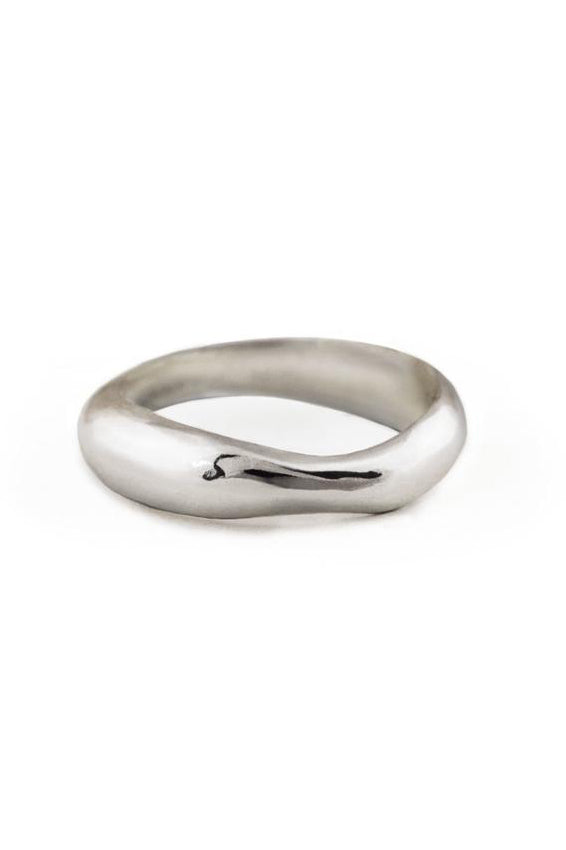 Undulating Ring - Silver