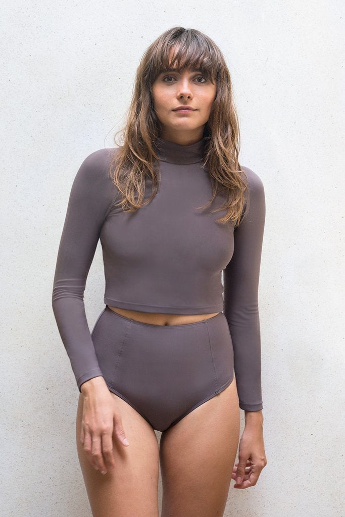 Aire Turtle Neck - Dark Taupe