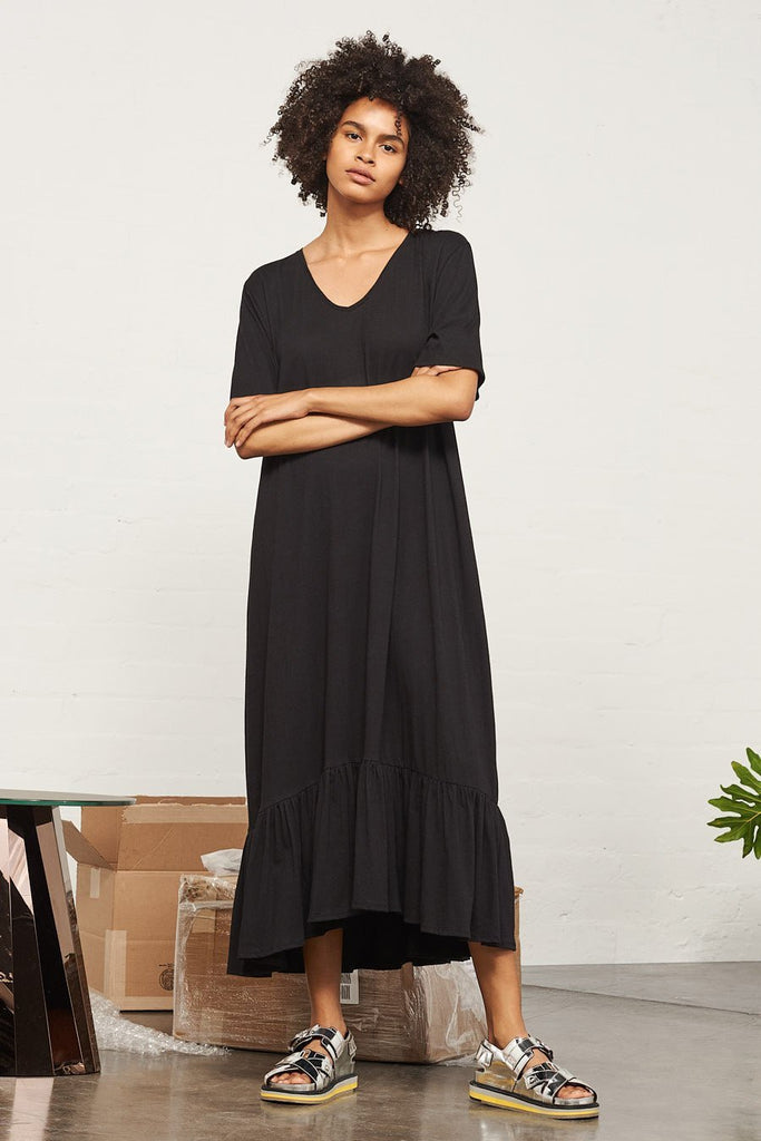 Building Block Gather Hem Dress - Black