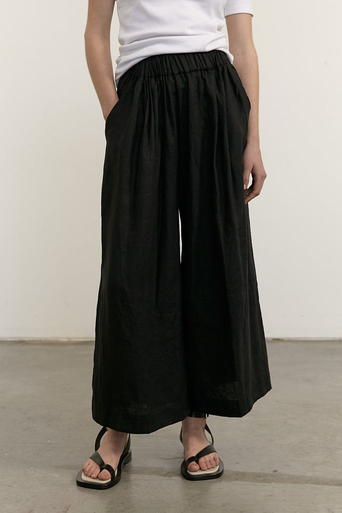 The Odile Pants - Black