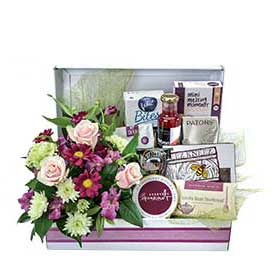 Hamper for Her Wandin Florist Yarra Valley Lilydale Dandenong Ranges