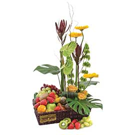 Hamper Flowers & Fruit