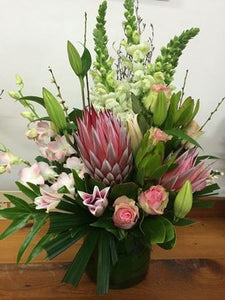 Valley Mix Wandin Florist Wedding Flowers Arrangement Yarra Valley Lilydale Seasonal Flowers Office Business Decoration