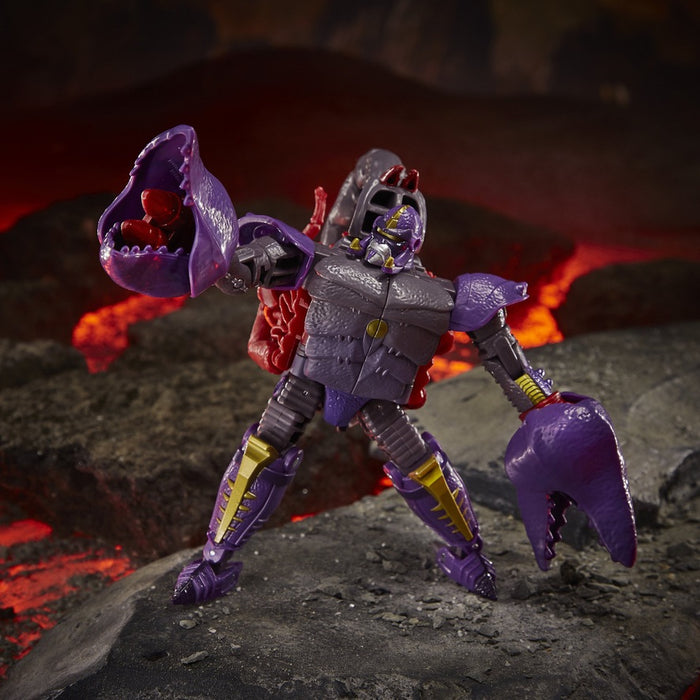 Transformers Generations War for Cybertron: Kingdom Deluxe WFC-K23 Predacon Scorponok Figure