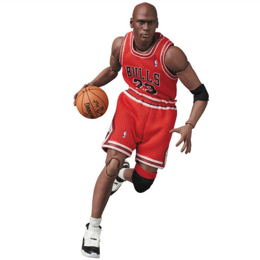 Michael Jordan Chicago Bulls Red Road Uniform MAFEX Action Figure