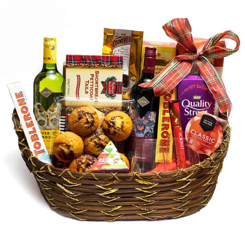 A Christmas Gift Hamper for a family - Purpink Gifts & Florist