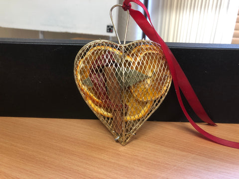 Closed Silver Heart JormaePourri Tree Decoration
