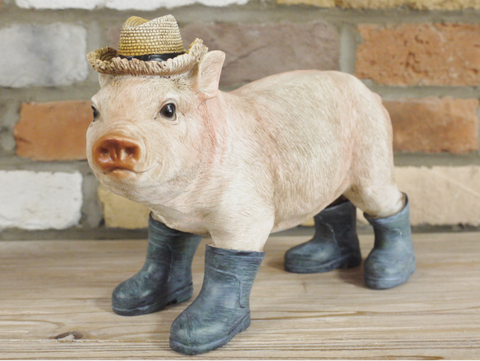 Country Pig in Wellies Indoor / Garden ornament