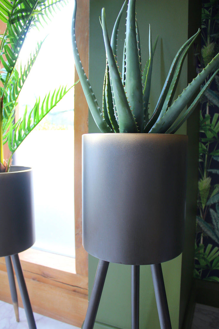 Iron Luxe Plant Stand