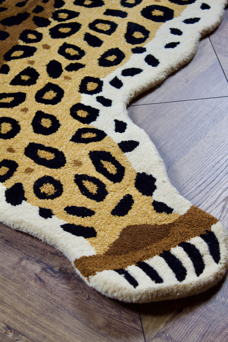 Large Hand-Tufted Wool Leopard Rug