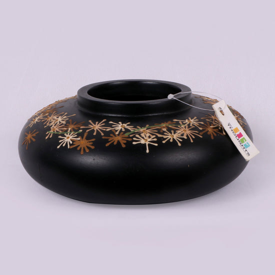 Jet Black Wooden Star Pot 1