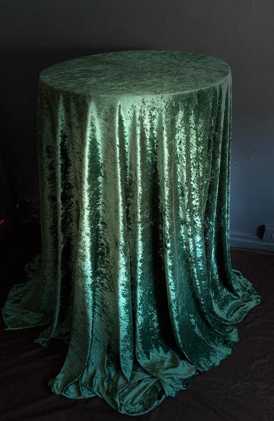 Emerald crushed velvet table cloth for hire, Rock The Day | party props Essex | event prop hire | wedding hire