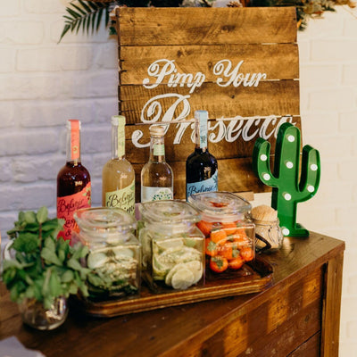 Gin/Prosecco bar for hire. Essex photoshoot, photo sesion prop hire.