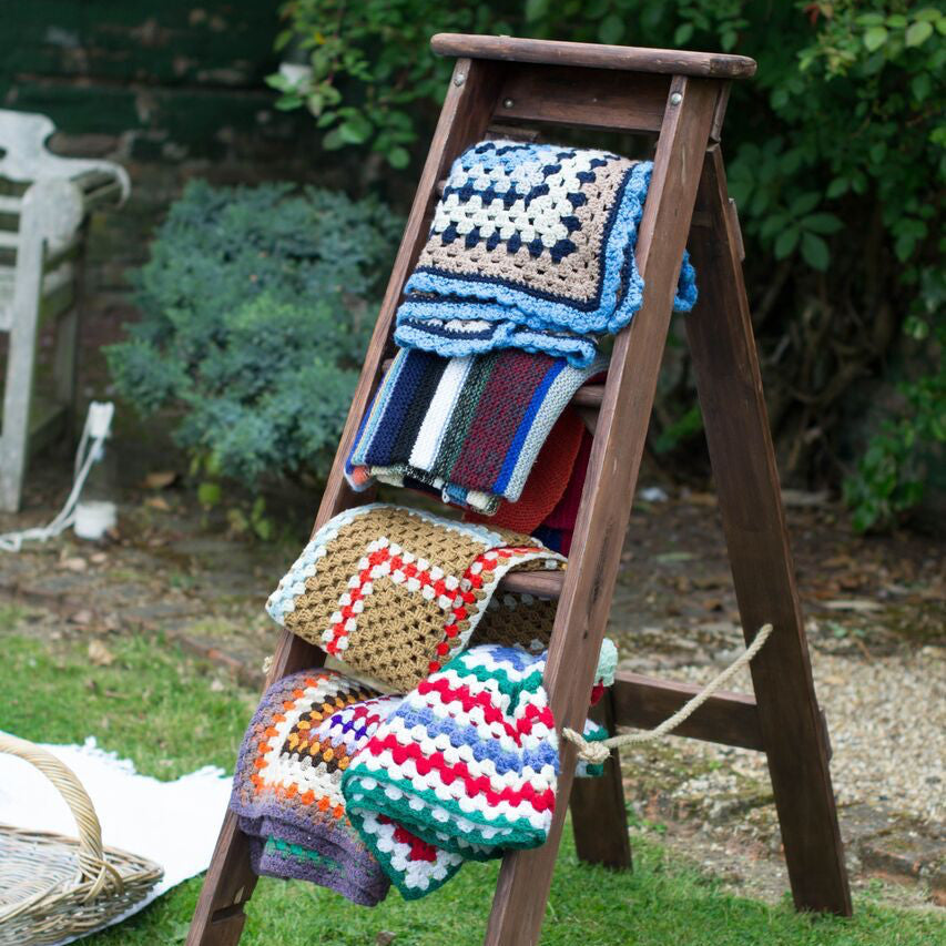 Vintage Blankets - Rock the Day Styling
