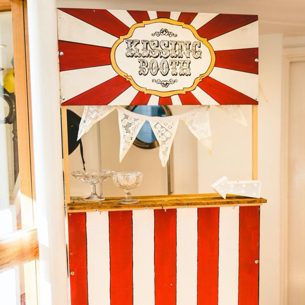 Kissing Booth | Rock The Day Wedding Styling | Essex