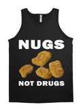 CHICKEN NUGGETS-NUGS NOT DRUGS BLK REG TEE