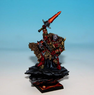 Lord of Wrath with paired weapons - Boutique Monsieur Miniatures